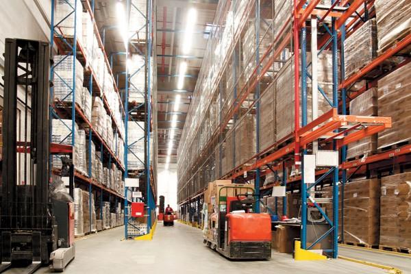 Как выбрать складские стеллажи?