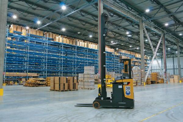 Где приобрести качественную спецтехнику для склада?